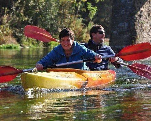 Kayak 2 personnes sur la Semois a la passerelle de Mouzaive