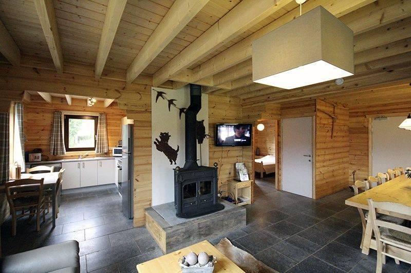 H bergement trouvez votre camping h tel g te chalet - Interieur chalet moderne ...